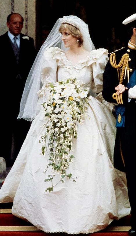 Image result for diana spencer wedding bouquet