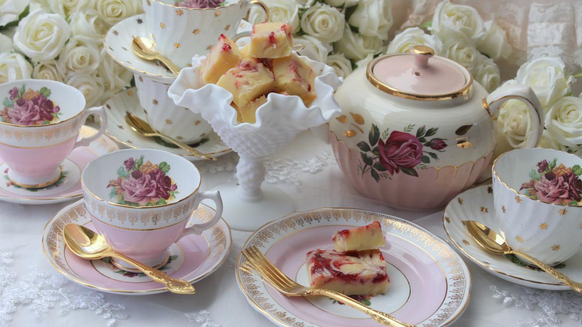 High Tea Tips : Afternoon tea tips lady